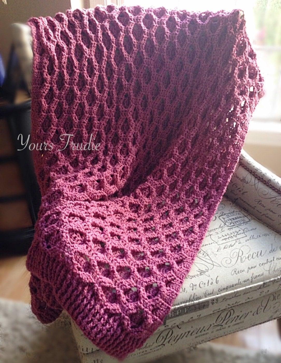 Reversible Cable Knit Afghan Pattern : Reversible Crochet Afghan Chunky Knit Fall Blanket Aran