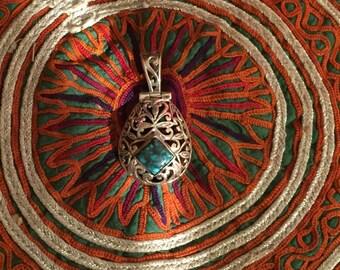 Vintage Turquoise Pendant-Sterling Silver Pendant-Handmade Vintage Pendant-Ethnic-Hippy-Gypsy-LV73