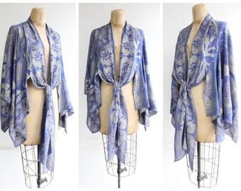 Vintage 1920's Floral Blue & Silver Lamé Cape twenties flapper art deco shawl roaring 20's true vg