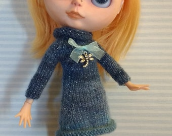 Blythe blue dress with glitter and Dragonfly