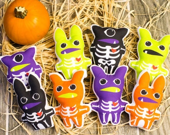 Set of 8+ Stuffed Monsters with Skeletons and Hearts | Party Favors for Halloween Party or Birthday | Halloween Treats for Kids