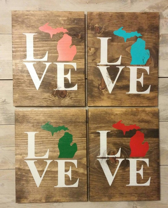 Lake House Love In Michigan: LOVE Michigan Rustic Wood Sign Choose Mitten By KernsWoodWorks