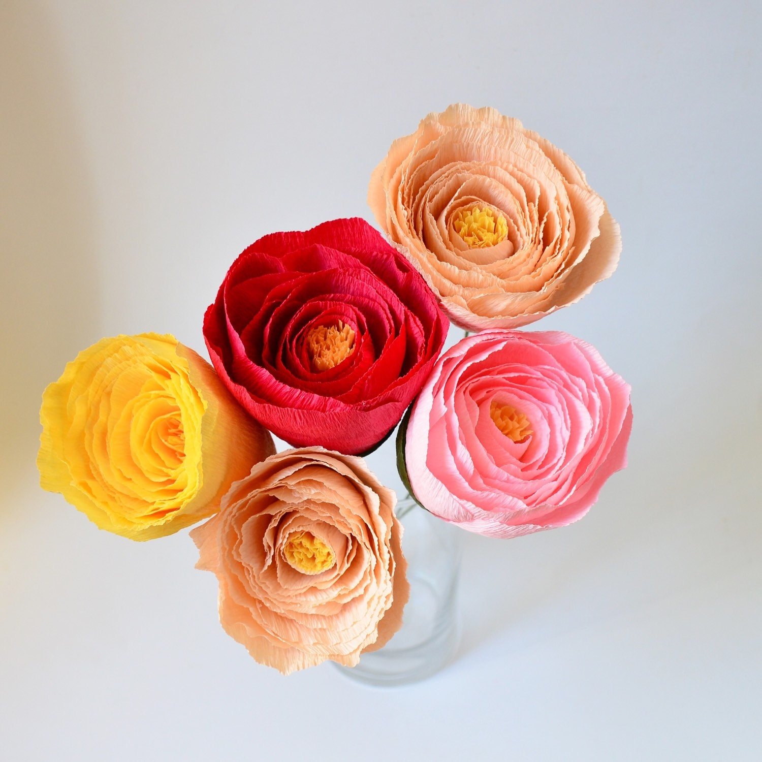 Crepe paper flower bouquet paper flowers crepe by for Crepe paper wall flowers