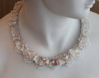 Romantic off white lace necklace