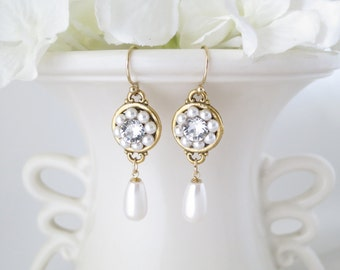 Gold crystal and pearl drop earring, Swarovski vintage style wedding earring, Pearl teardrop bridal earring