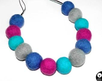 Felt necklace, felt jewellery for christmas