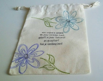 Cotton gift-zero waste-13x17 cm. Hand-made bags, water resistant ink.