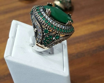 Ottoman Style Silver Ring With Emerald