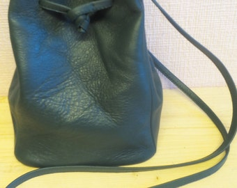 Leather pouch without lining, tightened