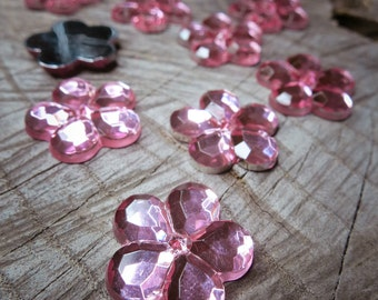 Japanese Flower Applique ~14 pieces #100551