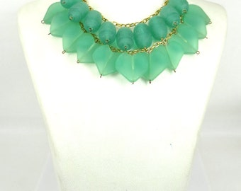 Hand Made Heart Emerald Green Color Bead Necklace