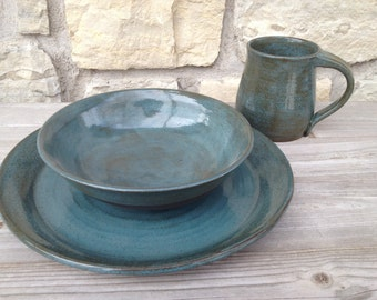 4pc place setting Pottery Dinnerware, Tourmaline on dark brown clay