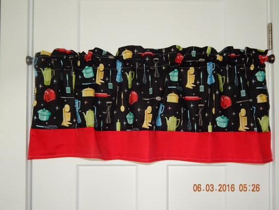 retro kitchen appliance curtain valance with red border