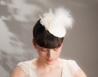 Wedding Fascinator white offwhite