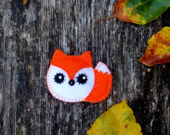 Christmas gift, Fox felt magnet, animal fridge magnet, fridge magnet, fox magnet
