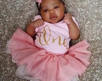 Baby Girl Monthly Short-Sleeved Onesie- 100% organic