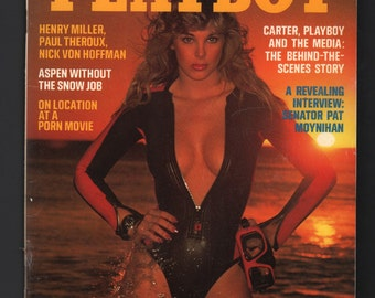 Mature Vintage Playboy Mens Girlie Pinup Magazine : March 1977 VG+ White Pages Intact Centerfold