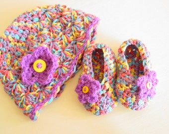 Crochet Baby girl hat bonnet and shoes set 0-3 Months