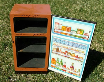 1950's tin toy refrigerator