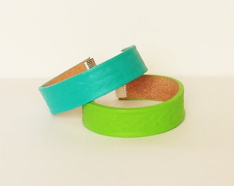 Bright Leather Bracelet With Pattern