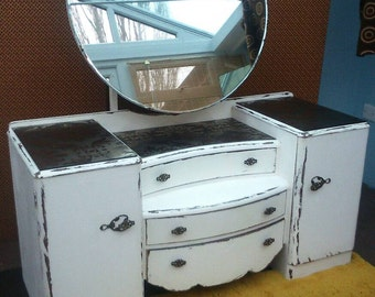 Shabby chic vintage dressing table