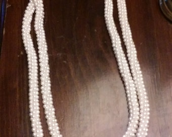 CLEARANCE was 17 now 7. 80s Faux Pearl Necklace