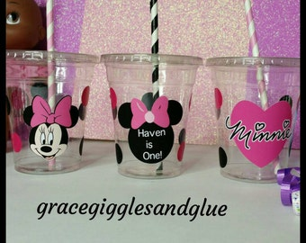 12 Personalized Minnie Inspired Cups w/ Lids and Straws !