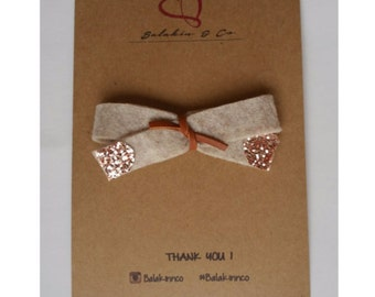 Beige bow with rose gold tips
