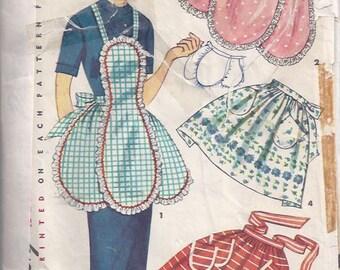 Misses' Apron Pattern/ Patron de tablier pour jeune femme -  1950s