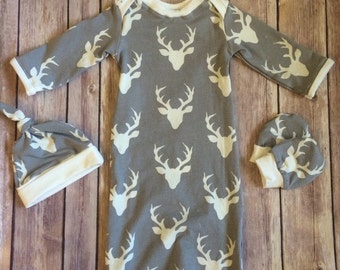 Deer baby gown, knot hat, and no scratch mittens, newborn set - bucks head gray