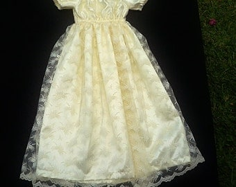 Lace dress,  Special ocassion dress, , size 6-12 months, Cream girls dress
