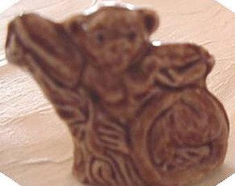 Wade Ceramic, Lemur Figurine