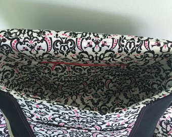 Black and pink Damask Croosbody Messenger Bag