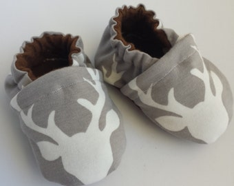 Deer baby shoes, deer moccs, gray moccasins, soft sole shoes, baby toms, infant shoes