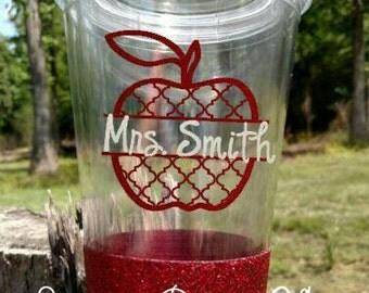 Teacher tumbler, teacher appreciation, quatrefoil Apple, vinyl, glitter tumbler, Apple, teacher gift, tumbler, gift idea, monogram, name