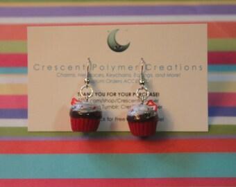Chocolate Cupcake Earrings w/Strawberrys