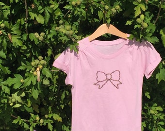 T-shirt girl hand embroidered