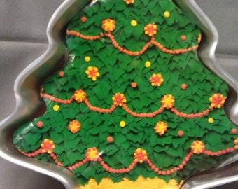 Wilton Party Pan Treeliteful Cake Pan 1972