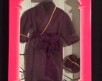 New In Box-Mattel-Fashion Avenue-Ken-Barbie-Purple Robe-Slippers-Paper-And Reading Glasses