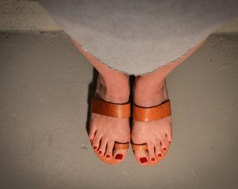 Natural Toe Strap Sandals,Light Tobacco Brown sandals, Summer Flats, Women Shoes, Leather Flats, Greek Sandals