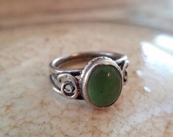 Green ring jade ring Sterling silver ring jade gemstone Jade sterling silver ring size 5.25  green ring NZ1830
