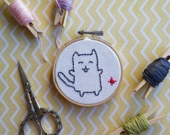 Happy Kitten   Embroidery