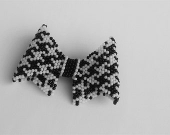 """Brooch """"houndstooth Bow"""""""