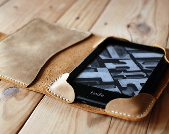Camel Kindle leather cover. Kindle Touch and Paperwhite case. Kindle paperwhite cover. Kindle cover. Kindle case. Ebook cover