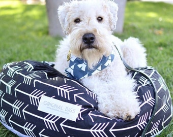 Arrow Print Pet Pouf for Cats & Dogs   Round Pet Bed   Black and White Pouf   Cat Bed   Dog Bed   Minky Pet Bed   Washable Pet Bed