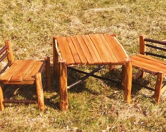 rustic kids table and chairs