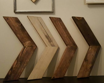 Wooden chevron arrows  (4)