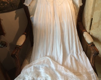 1920's muslin and lace christening gown. 20 chest x 46 length. Lovely!
