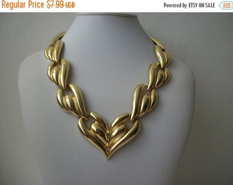 ON SALE Vintage Gold Tone Connecting Links Necklace 455