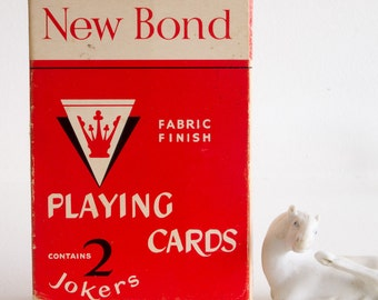 Vintage set of New Bond playing cards